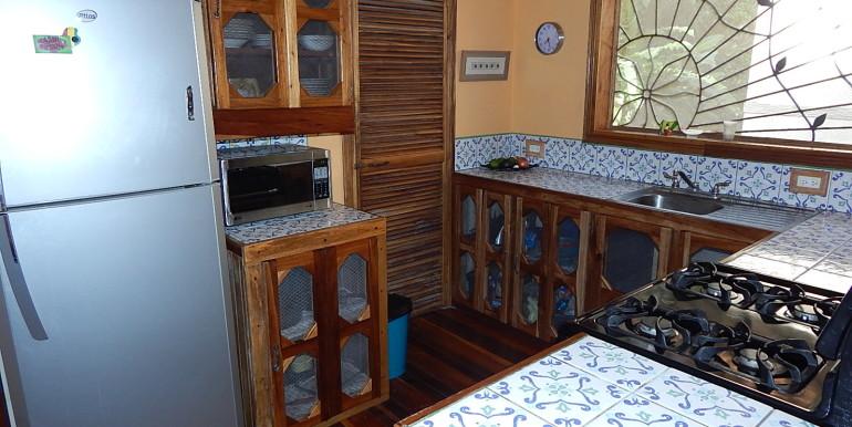 Casa Rondon 8 Kitchen2